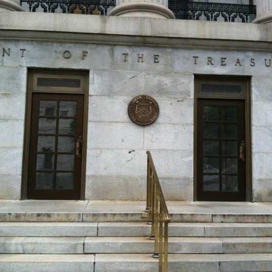 Photo taken at US Department of the Treasury by Shoeb L. on 6/22/2012