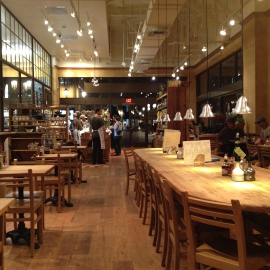 Photo taken at Le Pain Quotidien by Sean C. on 10/20/2011