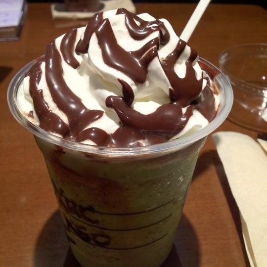 Photo taken at Starbucks by Miku M. on 8/29/2012