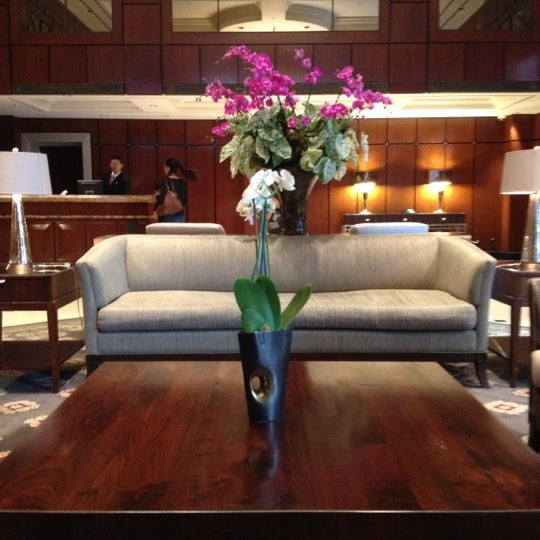 Photo taken at Park Hyatt Toronto by Laura D. on 5/29/2012