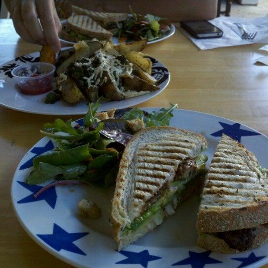 Photo taken at Sugar Plum Vegan Cafe by Stevenology on 8/7/2012