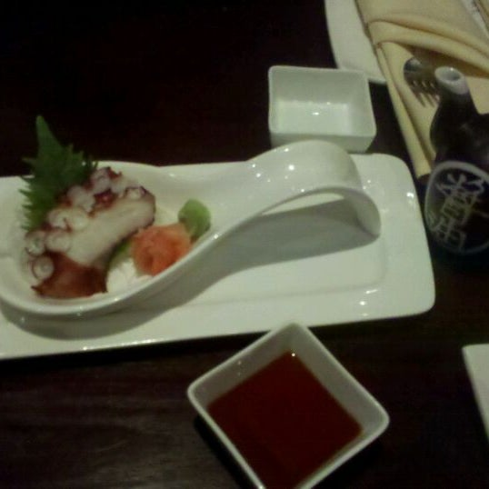 Photo taken at Ruyi Asian Fusion by Jackson I. on 11/11/2011