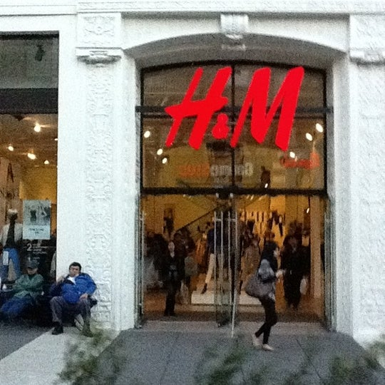 Photo taken at H&M by Taylor E. on 3/8/2012
