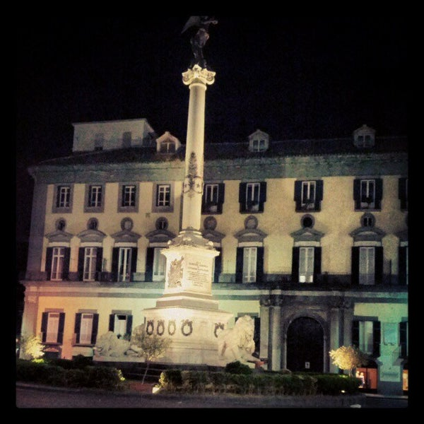 Photo taken at Piazza dei Martiri by Ivan on 7/13/2012
