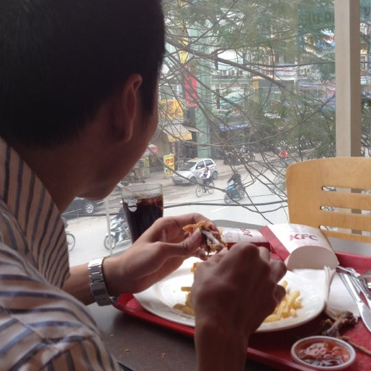 Photo taken at KFC by Vi P. on 3/16/2012