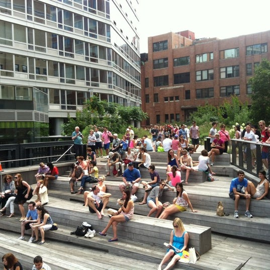 Photo taken at High Line 10th Ave Amphitheatre by Ari M. on 7/21/2012