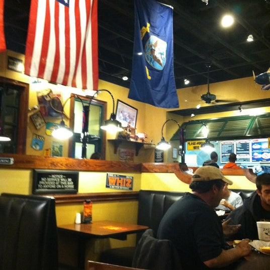 Photo taken at Zaxby's by Elese R. on 12/29/2011
