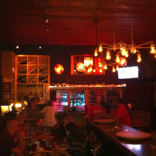 Photo taken at Pizza Lounge by Steve F. on 9/11/2011