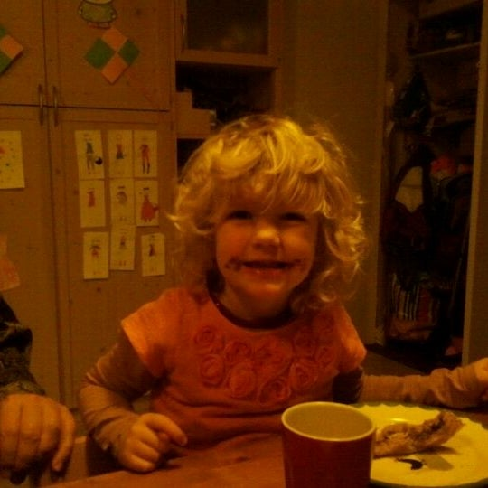Photo taken at Breakfast Table by Elza v. on 1/18/2012