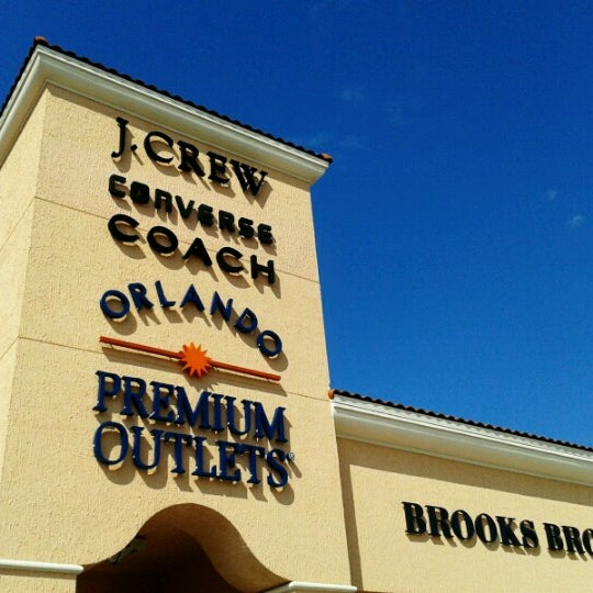 Photo taken at Orlando Premium Outlets - Vineland Ave by Claudia H. on 6/13/2012