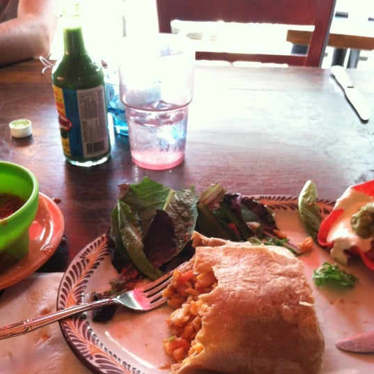 Photo taken at Burrito Bar & Kitchen by Jorge Ayauhtli O. on 7/2/2012