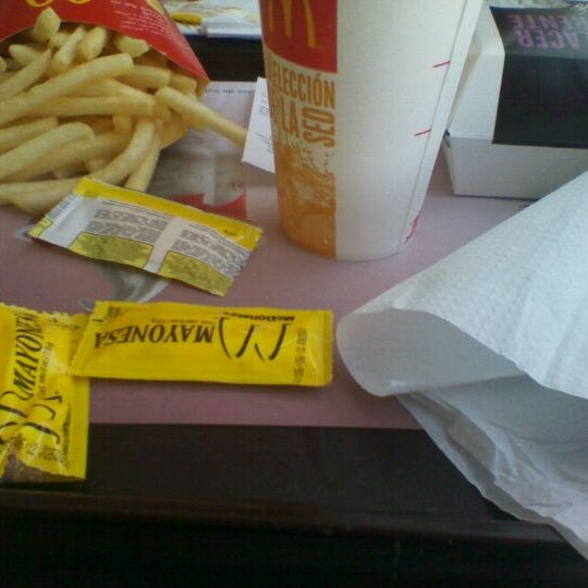 Photo taken at McDonald's by Valentina C. on 11/9/2011
