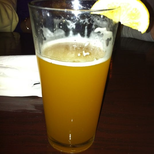 Photo taken at Stadium Sports Bar & Restaurant by Kaitlin C. on 4/21/2012