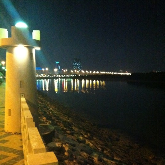Photo taken at Eastern Mangroves Corniche by Mohamed A. on 12/10/2011