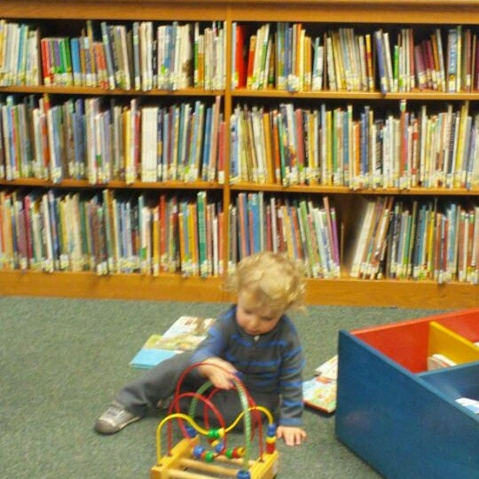 Photo taken at Chicago Public Library by Marizza R. on 3/8/2012
