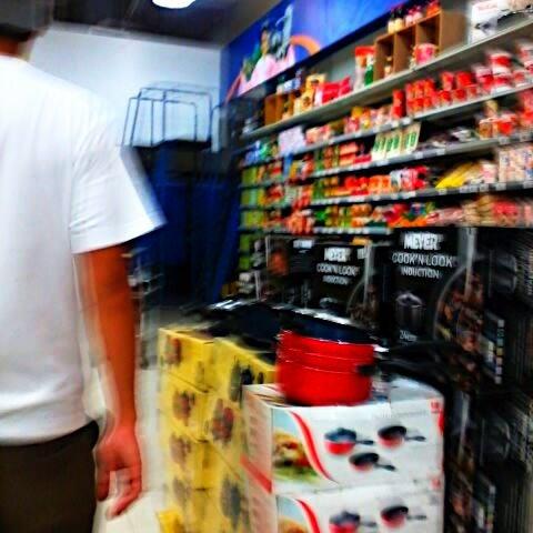 Photo taken at Shopwise by Rachiel A. on 1/3/2012