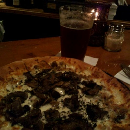 Photo taken at La Conner Brewing Company by Tom J. on 11/12/2011