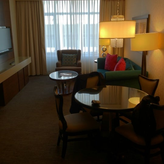 Photo taken at theWit Chicago - A DoubleTree by Hilton Hotel by Bill H. on 11/6/2011