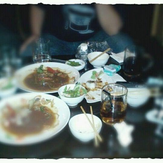 Photo taken at Nori The Japanese Kitchen Lounge by jaka a. on 4/21/2012