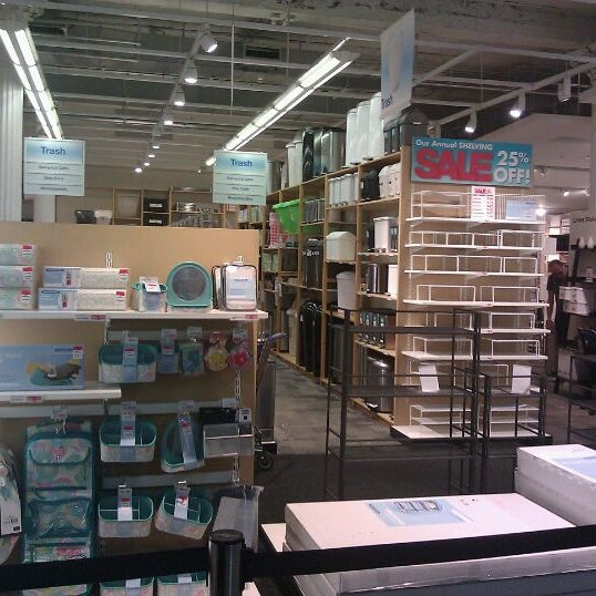 Photo taken at The Container Store by Yahmeela S. on 9/28/2011