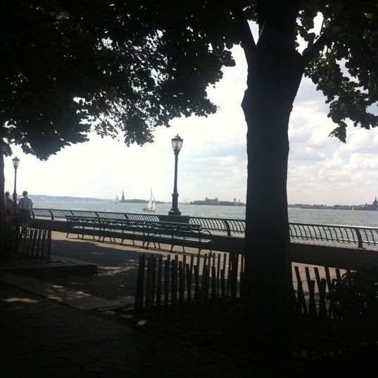 Photo taken at Battery Park City Esplanade by Stephanie T. on 8/17/2011