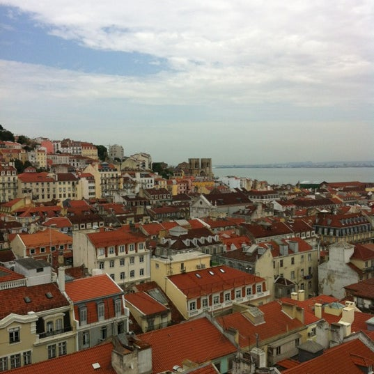 Photo taken at Elevador de Santa Justa by Jie L. on 5/12/2012