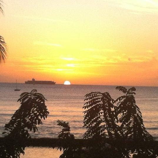 Photo taken at Duke's Waikiki by Hannah M. on 12/11/2011