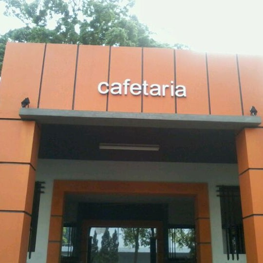 Photo taken at Cafetaria ITENAS by Yanie A. on 1/19/2012