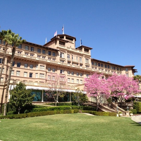 Photo taken at Langham Huntington Hotel by Matthew L. on 3/8/2012