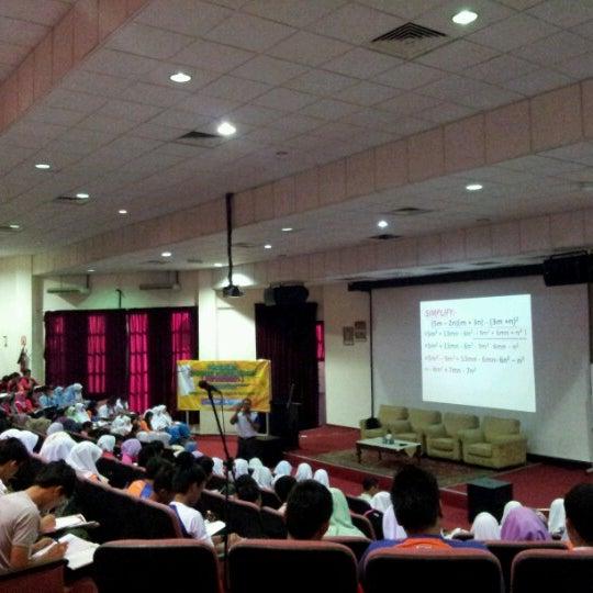 Photo taken at Lembaga Getah Malaysia by Mazliefah on 7/28/2012