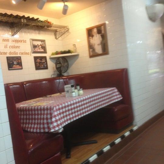 Photo taken at Buca di Beppo Italian Restaurant by Bobby M. on 9/6/2012
