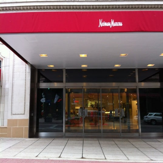 Photo taken at Neiman Marcus by Barbara G. on 3/15/2012