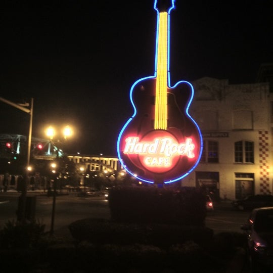 Photo taken at Hard Rock Cafe Nashville by Marty B. on 7/16/2012