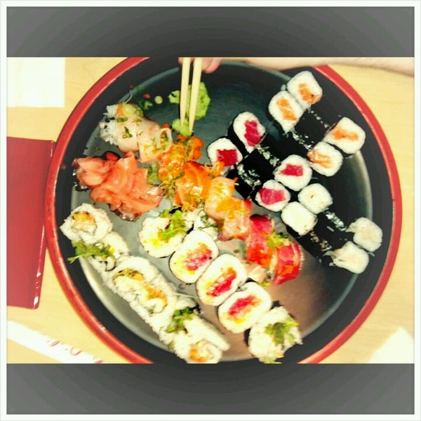 Photo taken at Oishi Sushi by Joe R. on 1/9/2012