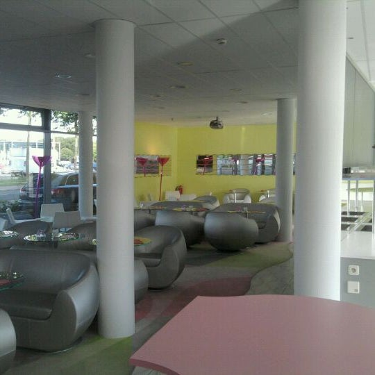 Photo taken at Prizeotel Bremen-City by Angelika D. on 8/30/2011