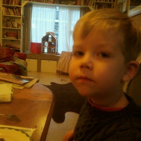 Photo taken at Breakfast Table by Elza v. on 12/3/2011