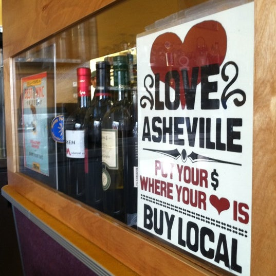 Where's Good? Holiday and vacation recommendations for Asheville, United States. What's good to see, when's good to go and how's best to get there.