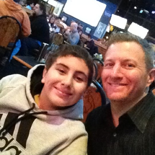 Photo taken at Buffalo Wild Wings by Randy G. on 2/12/2012