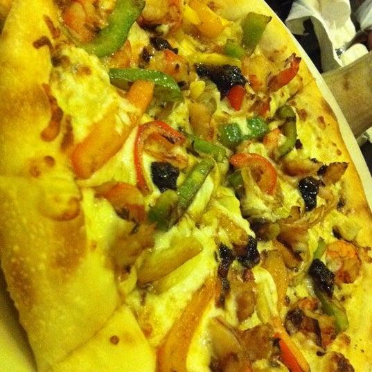 Photo taken at California Pizza Kitchen by fatima p. on 8/1/2012