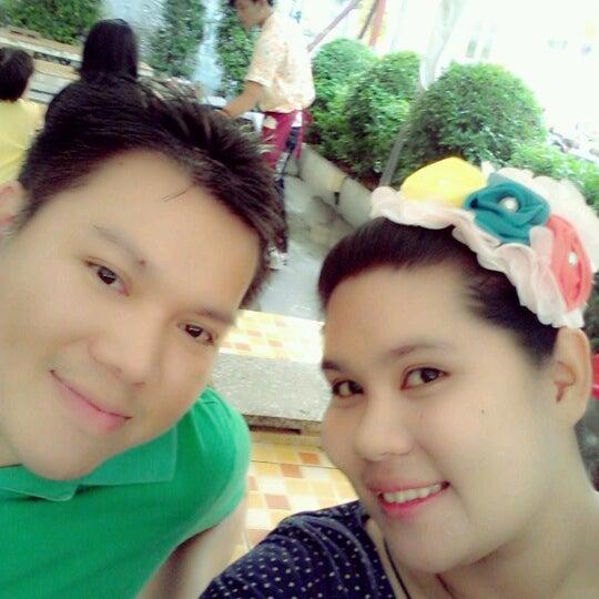 Photo taken at ร่มไทร หมูกระทะ by Muu_moddy A. on 9/2/2012