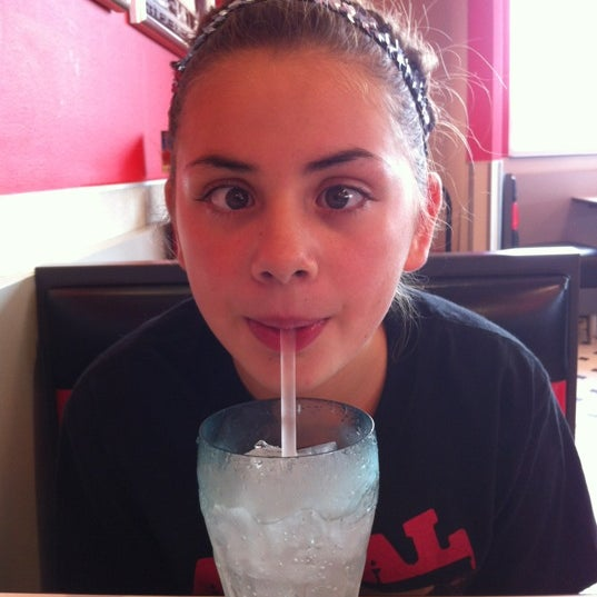 Photo taken at Steak 'n Shake by Molly D. on 9/3/2012