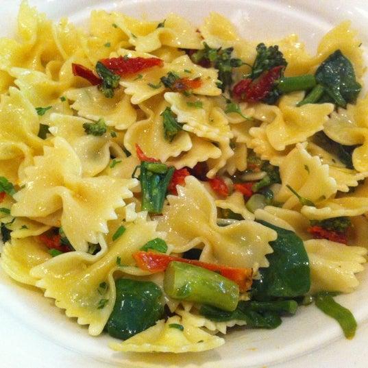 Maggiano's Little Italy - Italian Restaurant in Austin