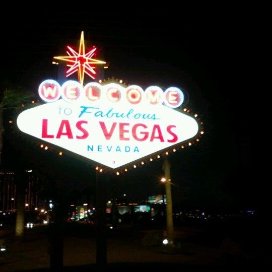 Photo taken at Welcome To Fabulous Las Vegas Sign by Gekiyasu on 6/22/2012