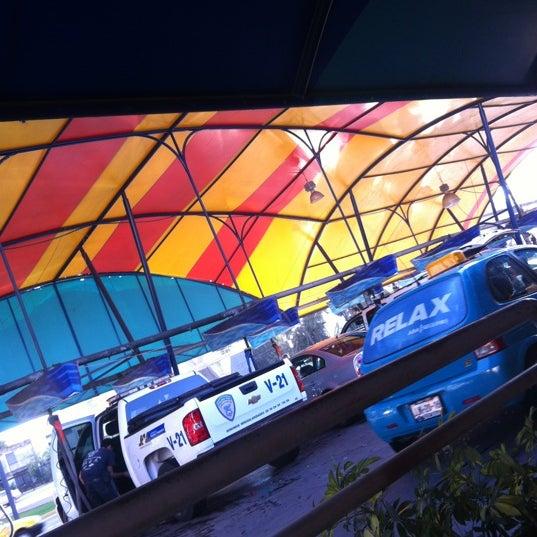 Photo taken at Flash Autolavado by Carlos M. on 3/13/2012