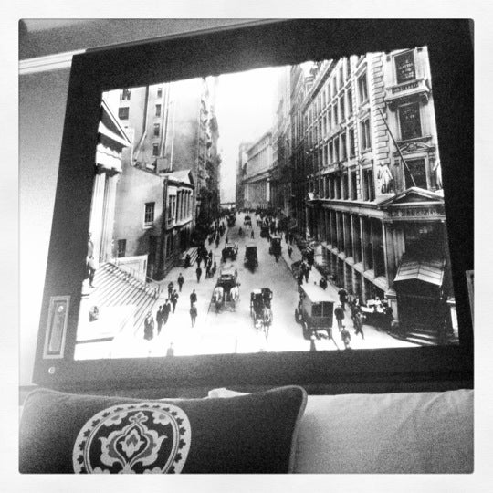 Photo taken at Algonquin Hotel, Autograph Collection by Nikki F. on 6/23/2012