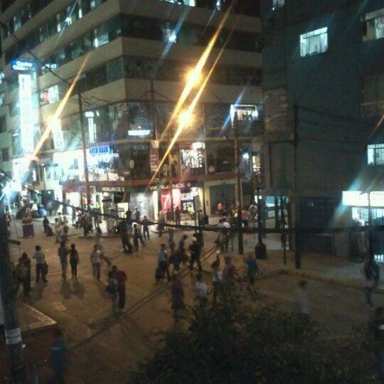 Foto tomada en Gamarra por Omar G. el 4/13/2012