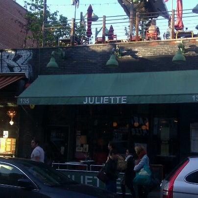 Photo taken at Juliette by Gabriel G. on 4/19/2012