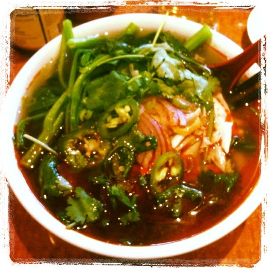 Photo taken at Joy Hing Noodle House 再興黃毛鷄粉 by Chistopher L. on 6/29/2012