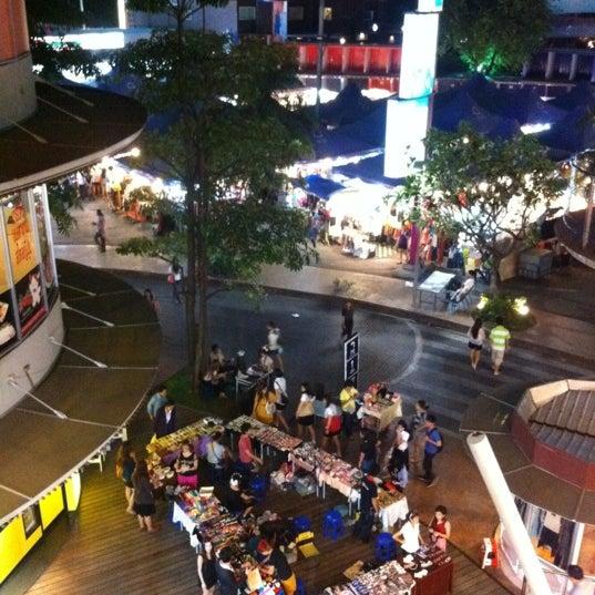 Photo taken at Suzuki Avenue Ratchayothin by alex_surachai on 2/15/2012
