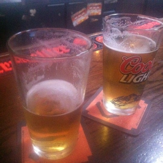 Photo taken at Blarney Stone Bar & Restaurant by Melissa D. on 8/20/2012
